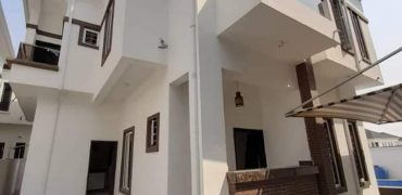 5 BEDROOM FULLY DETACHED DUPLEX FOR SALE IN IKOTA VILLA LEKKI LAGOS